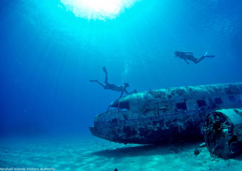 サンゴの楽園でダイビング1-3