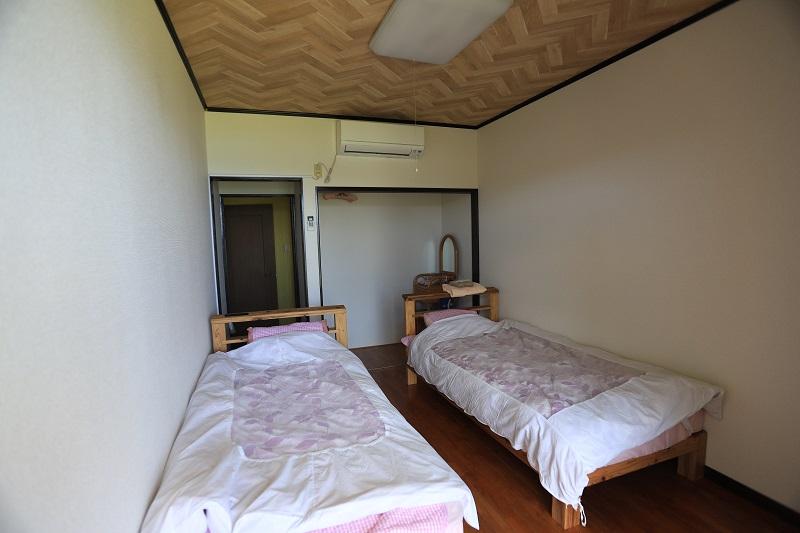 ダイビング&ペンション RIKI(加計呂麻島)1-2