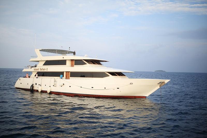 【モルディブ】 期間限定のスペシャル航海!バァ環礁でマンタ三昧クルーズ!!2