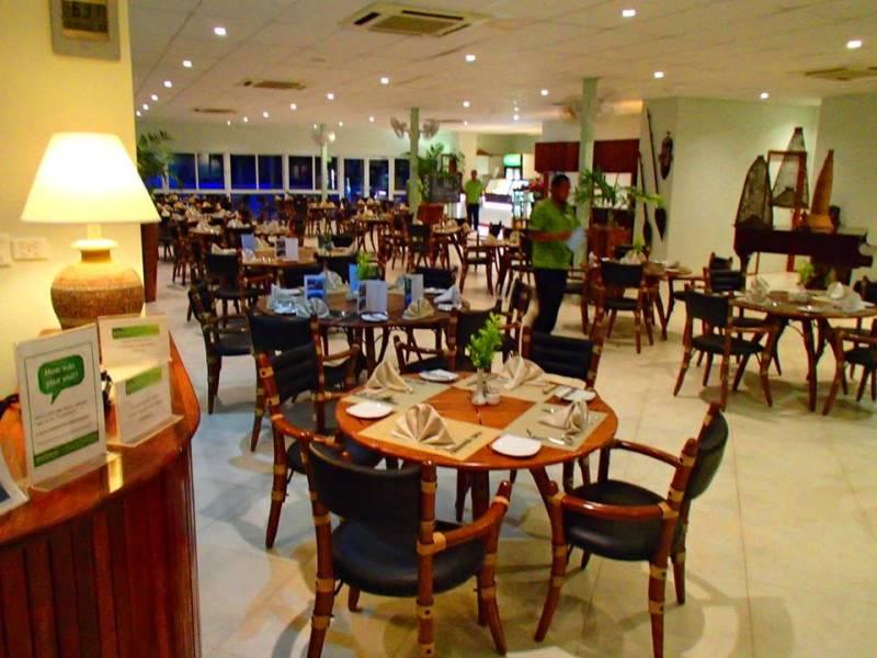 レストラン4-1