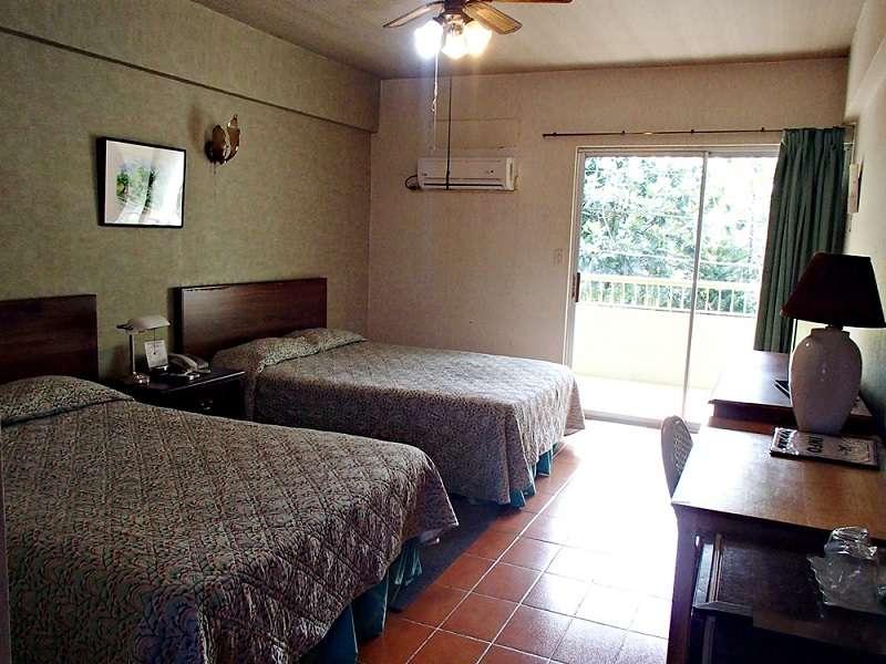 JOY HOTEL2-4