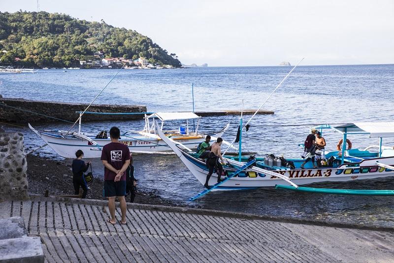 成田発 フィリピン航空 アニラオ  最大5ダイブ付 4日間7