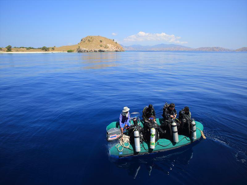 関西発 ガルーダインドネシア航空(クルーズ) コモド諸島  最大17ダイブ付 9日間2
